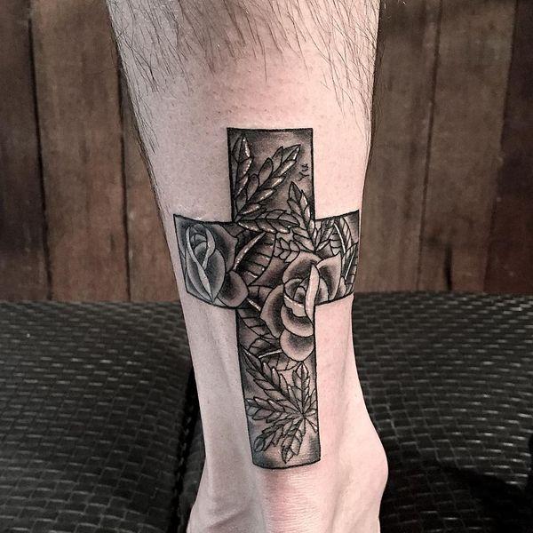 Религиозная татуировка лодыжки с красивым содержанием
