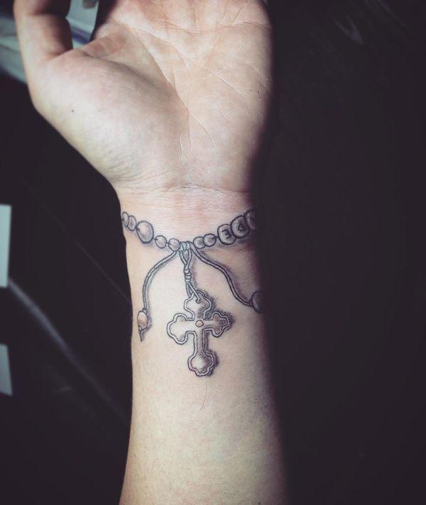 Значимая татуировка браслета на запястье