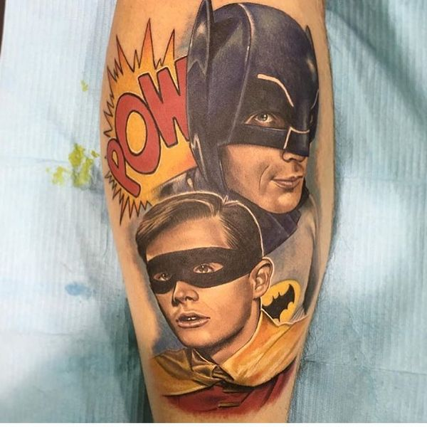 Бэтмен и Робин татуировка на предплечье