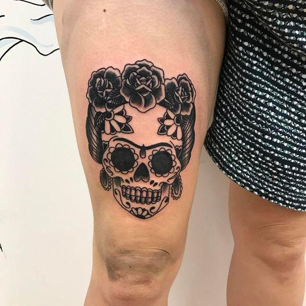 Фрида Кало, тату с сахарным черепом