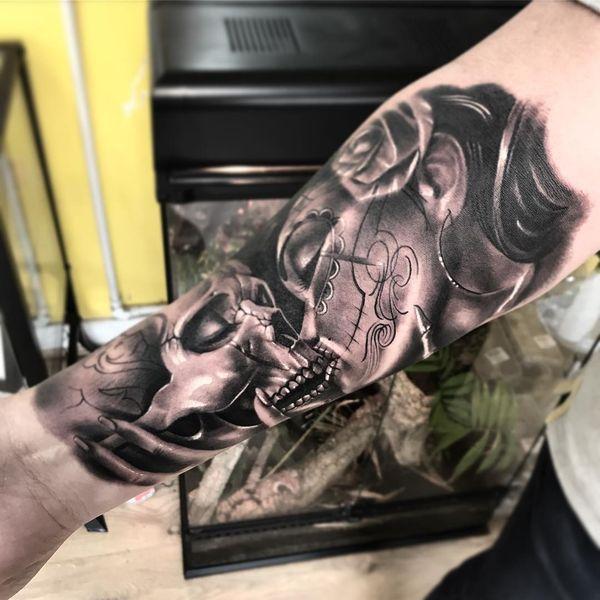Реалистичные татуировки его и ее сахарного черепа