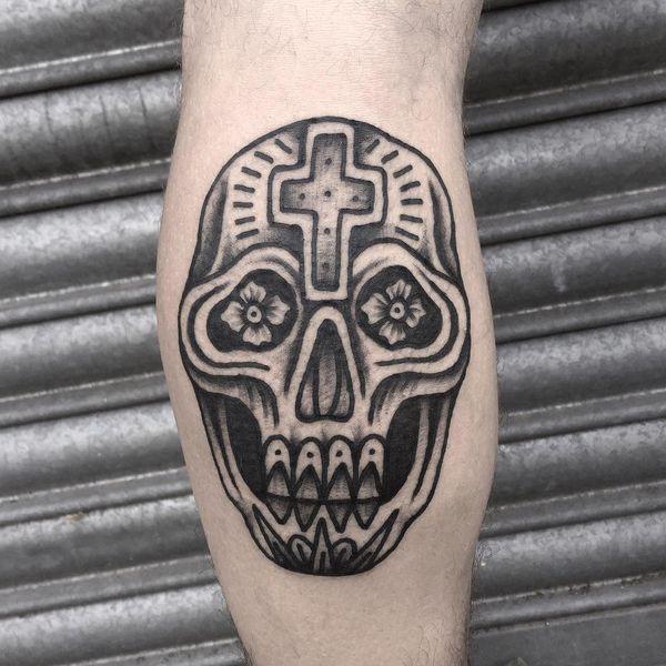 Татуировка из сахарного черепа