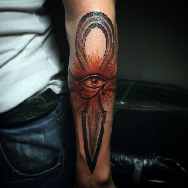 Удивительная 3d рукава татуировки Анкх с глазом богов