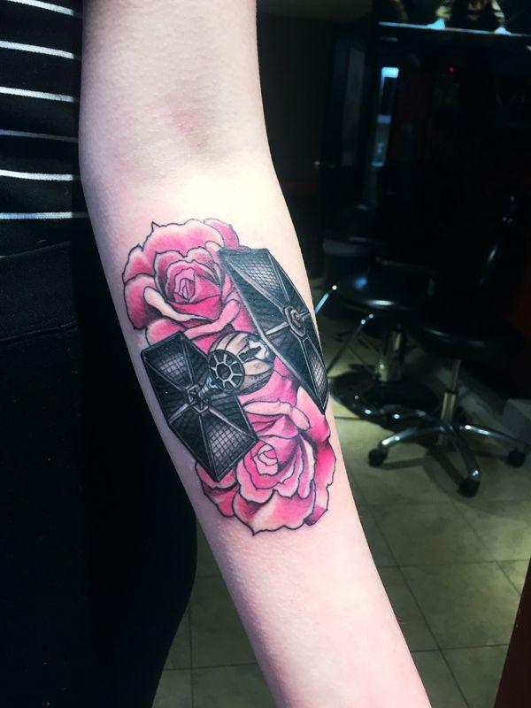 Очаровательная татуировка Star Wars для TIE Fighter для девочек