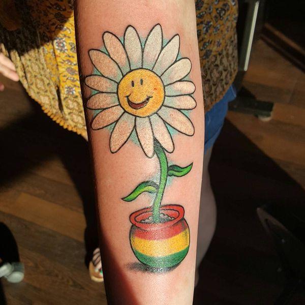 Прикольная татуировка на предплечье