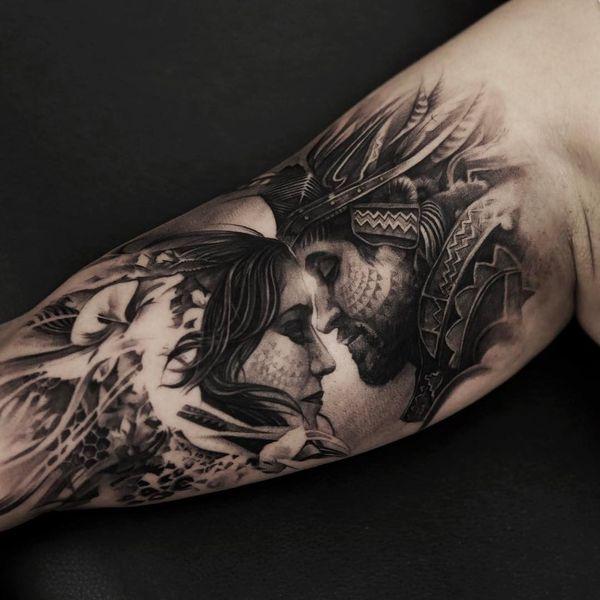 Действительно крутая любовная татуировка для парней