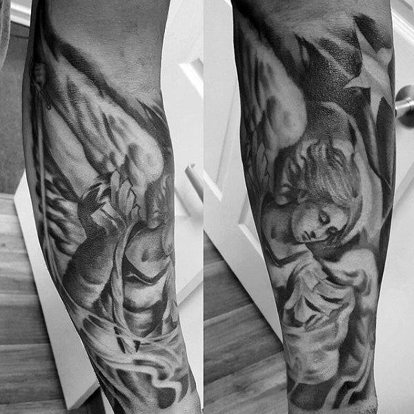 Безупречная татуировка на половину рукава архангела Михаила в оттенках серого