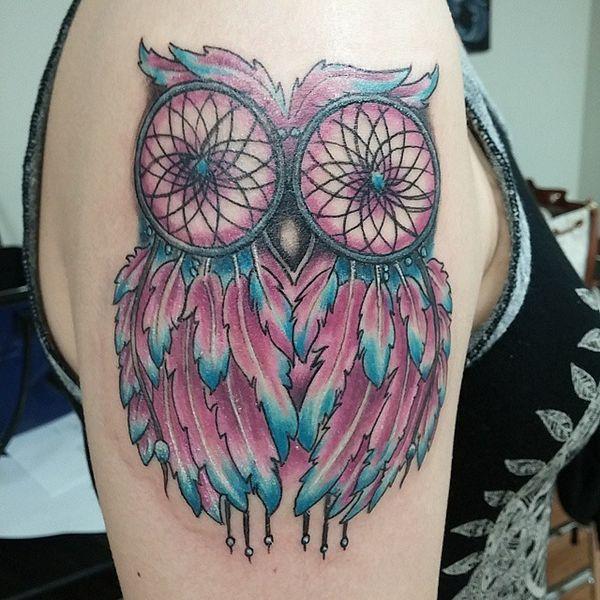 Татуировка на руке ловца снов